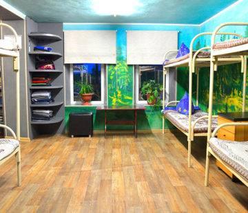 Комната с двуярысными кроватями